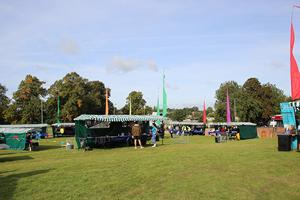 Welcome Weekend - stalls - web