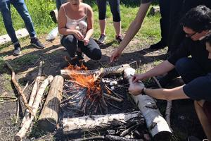 lakeside-bushcraft-2column